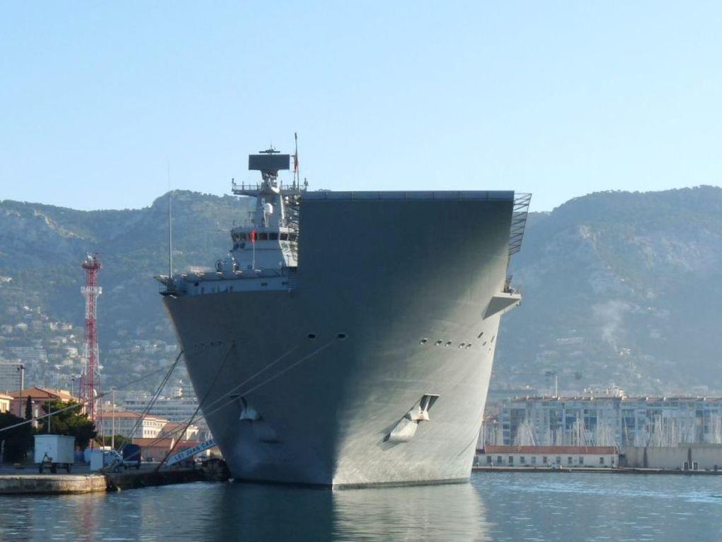 JUAN CARLOS 1  L61  , Navire de débarquement et porte hélicoptères (LHD)  de la marine Espagnole