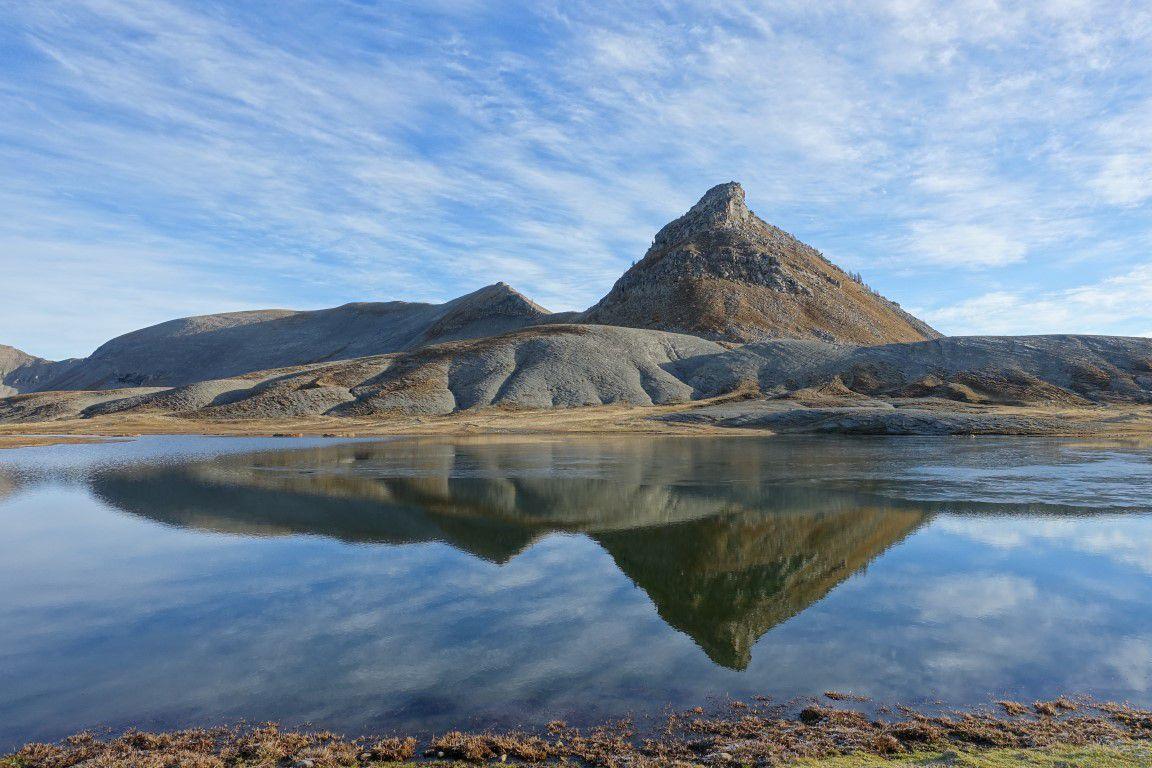J2 : les lacs de Lignin, nature narcissique et géomètre