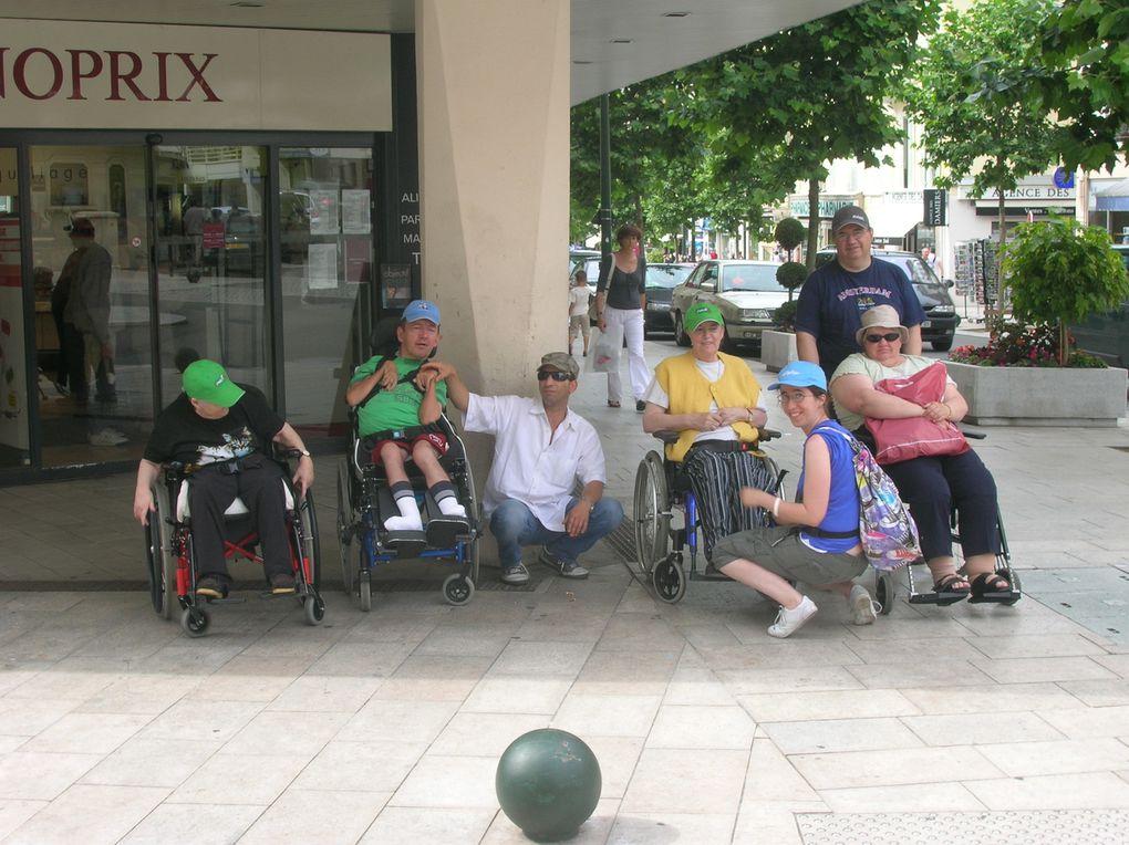 quelques photos des camp de vacances, en juin 2009, à Aix les Bains, en septembre à Sornetan, en octobre à Saillon.