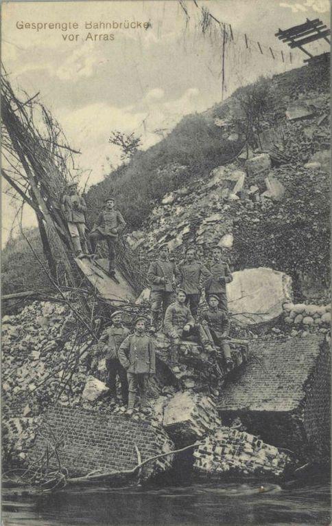 Cartes postales en allemand, photographies allemandes. (source : archives départementales du Pas-de-Calais, collection Georges Bacot)