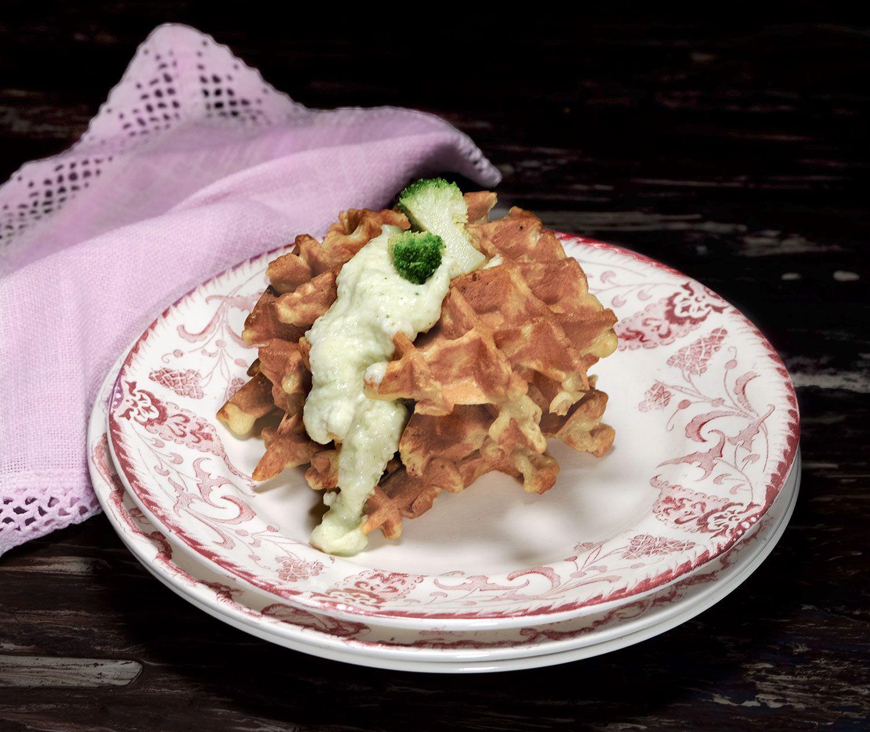 Gaufres au levain à la crème de brocoli et parmesan