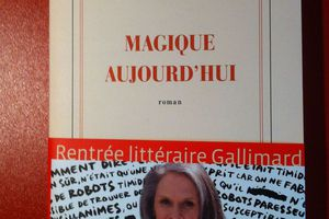« Magique aujourd'hui », Isabelle JARRY - Gallimard :)