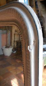 Miroir Louis-Philippe patiné gris : à restaurer !
