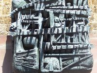 Trois des seize hauts-reliefs du mémorial de la France combattante