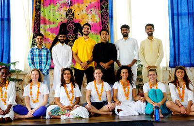 How To Become A Certified Yoga Trainer With Online Yoga Teacher Training Course?