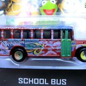 SCHOOL BUS MUPPETS SHOW HOT WHEELS 1/64. - car-collector.net: collection voitures miniatures