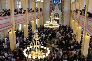 Premier mariage depuis 41 ans dans une synagogue historique de Turquie