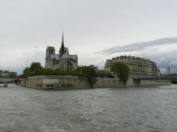 Balade en bateau sur la Seine le 1er mai 2008.