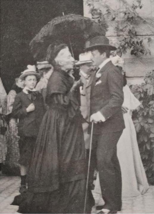 Quelques vues rares de Cosima Wagner vers 1905 - où elle passera les rênes du festival à son fils Siegfried.