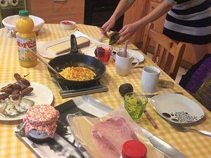 petit déjeuner des filles !  Et le nôtre !