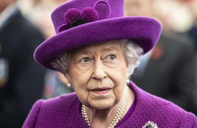 Vaccine For Queen. La Reine d'Angleterre, Elisabeth II, malgré les promesses, ne s'est toujours pas fait vacciner (Vidéo)