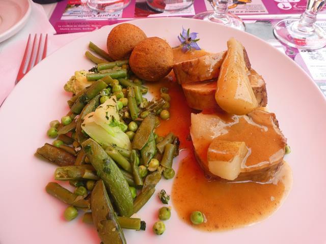Alijot brioché - filet mignon sauce aux poires -munster- triramisu au caramel beurre salé et feuilleté aux framboises...