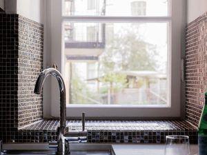 Le charme rétro d'un petit appartement scandinave