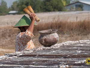 Bledug Kuwu - old artisanal practice of salt recovery - click to enlarge - Photo © 2015 Jean-Michel Mestdagh