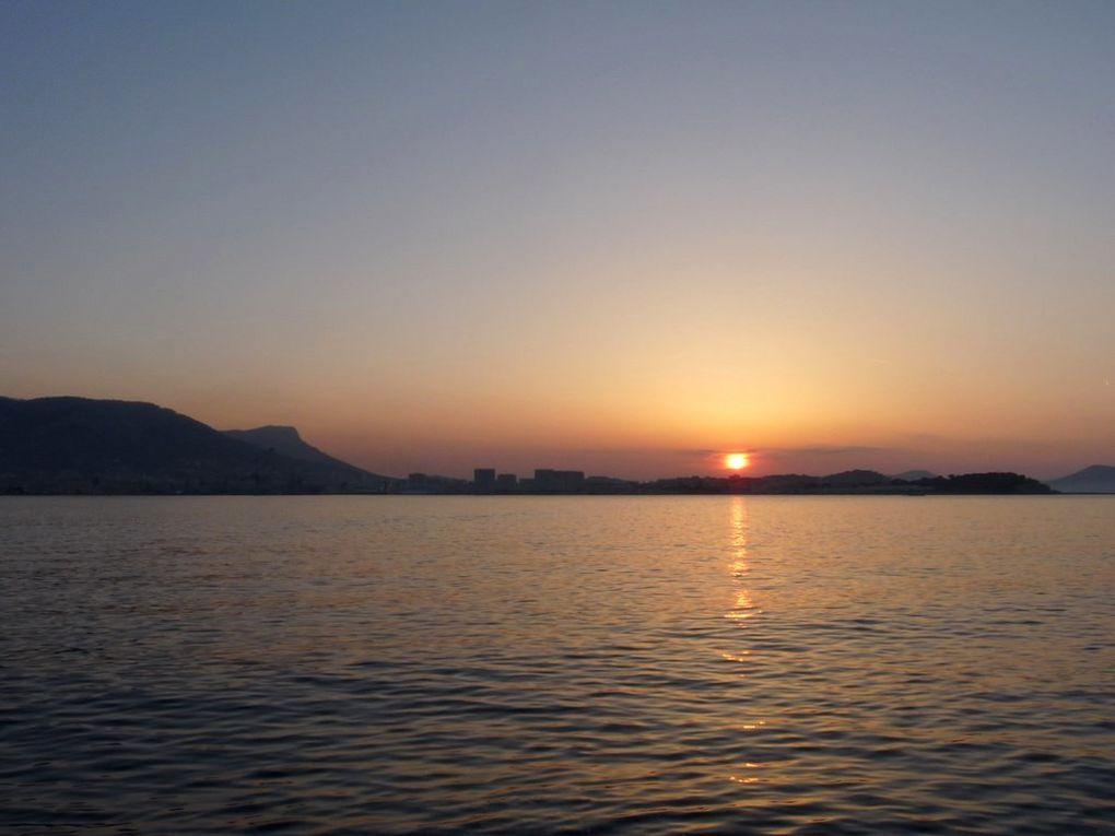 Lever du soleil sur la rade ,le 12 mai 2014