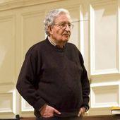 L'arrestation d'Assange est scandaleuse,   par Noam Chomsky