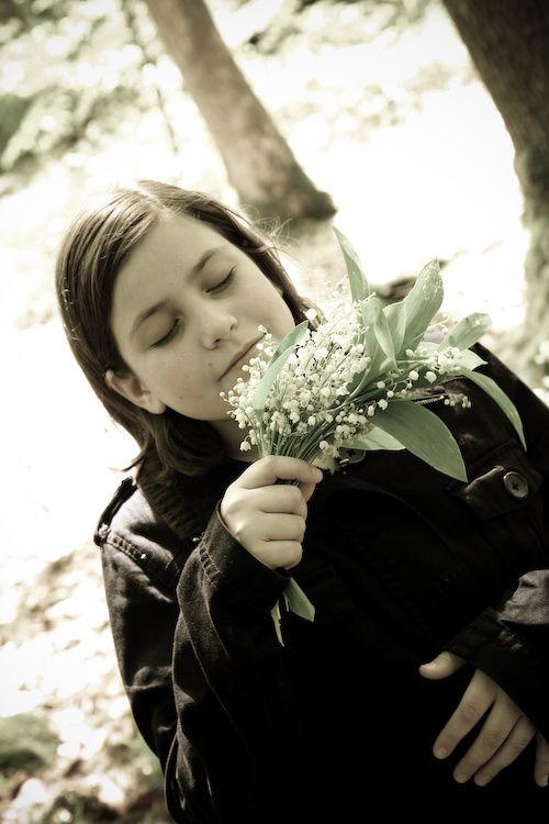 le 1er mai, l'occasion d'une balade familiale en quête de muguet : cette jolie fleur de printemps porte-bonheur à mettre dans tous les coeurs.