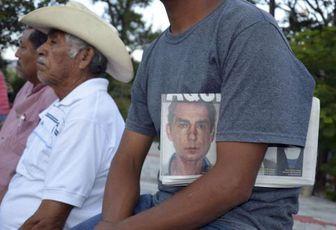 Messico - Guerrero: studenti rapiti dalla polizia, scoperte fosse comuni. Strage di Stato?