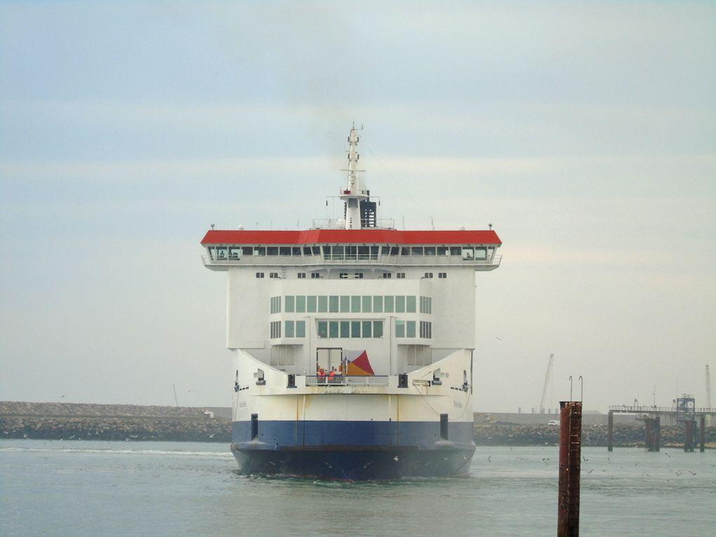 PRIDE of KENT , appareillant du port de Calais le 04 juin 2019
