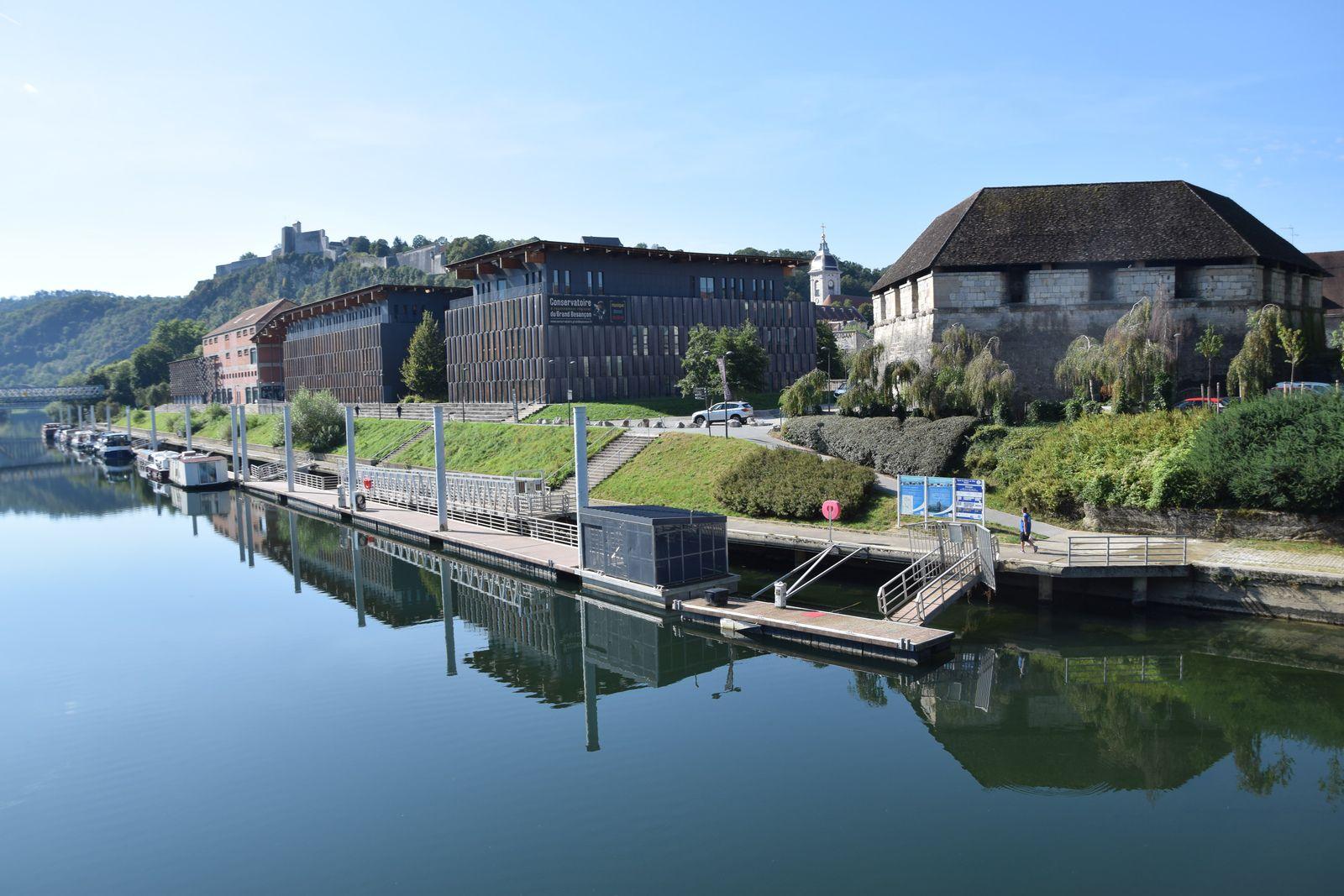 Déambulation en ville - Besançon