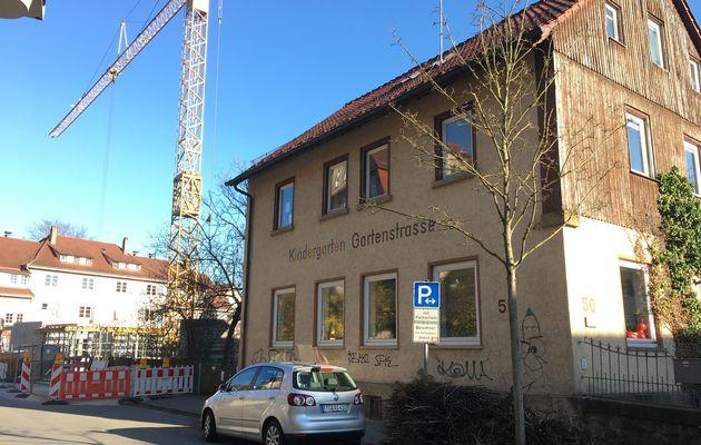 Initiative Gartenstraße leerte die Kasse: Spende ans Kinderhaus