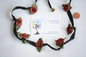 Fimo arte: collana con roselline