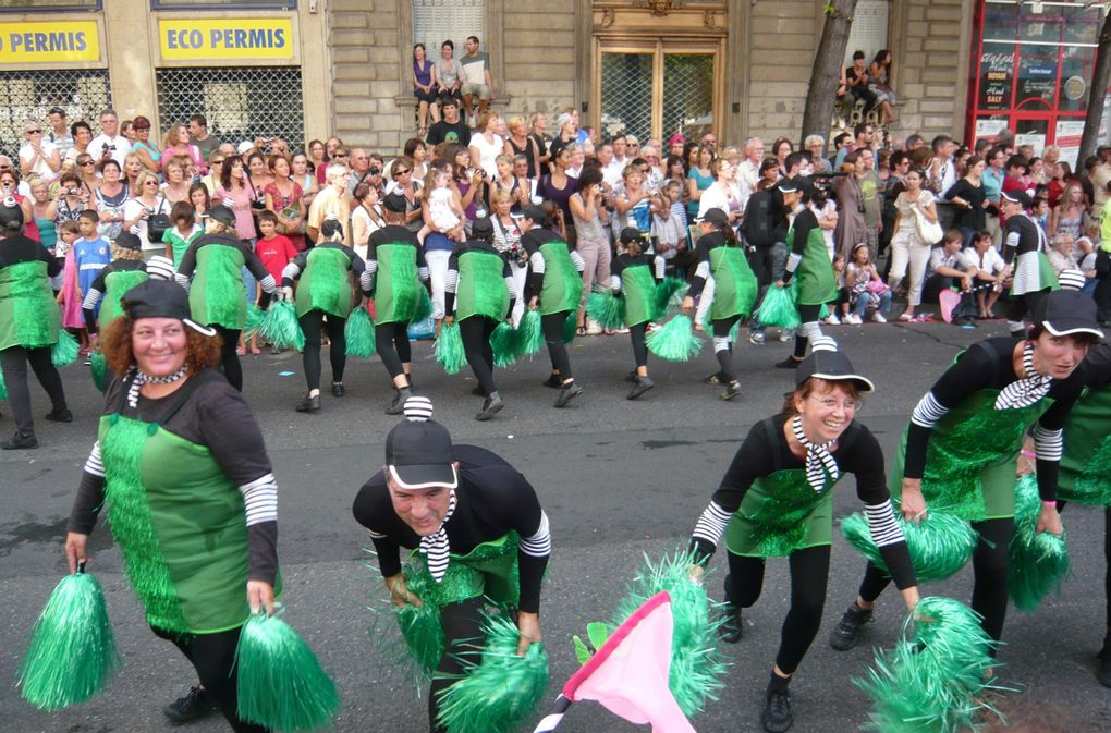 Carnaval, festival de rues, biennales de la danse