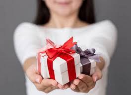 Allez visiter leur site, tellement d'idées cadeau!  Go visit their site, so many gift ideas!