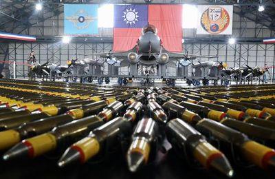Vente d'armes à Taïwan : Pékin va sanctionner des firmes américaines