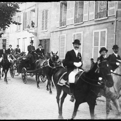 La Société Historique de Soissons nous contacte au sujet de photos prises au début du siècle dernier.