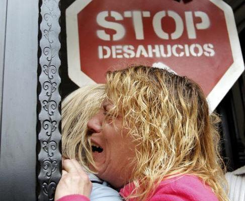La crisis económica, responsable de unos 10.000 suicidios