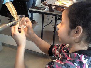 Les 5e en visite au salon des métiers d'art à la Rotonde de Thaon-les-Vosges