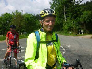 Jean Didier en plein effort avec un vélo qui craque!!