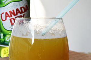 Cocktail ananas, gingembre et fraise