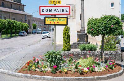 Bientôt un article sur DOMPAIRE Village Fleuri