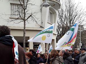 En janvier 2020, même et surtout après la révision du projet de loi (âge pivot, âge pipeau), on continue la mobilisation ! On ne lâche rien ! A Reims, comme dans toute l'académie !