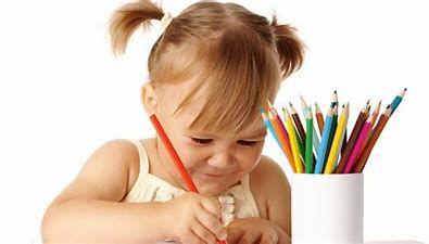 Occupez vos enfants avec des activités créatives ! Keep your kids busy with creative activities!
