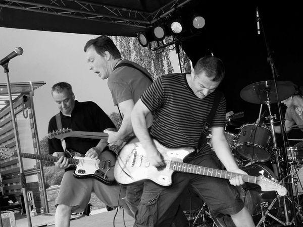 the ex, un groupe néerlandais de post-punk expérimental formé et basé à amsterdam