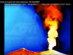 Sabancaya - 14.11.2016 / 6:25 and 3:08 thermal - The thermal image allows to know the duration and intensity of night courses in emissions - a click to enlarge - Doc. OVI-INGEMMET
