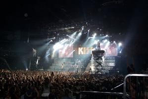 KISS, The Hottest Band Of The World !!