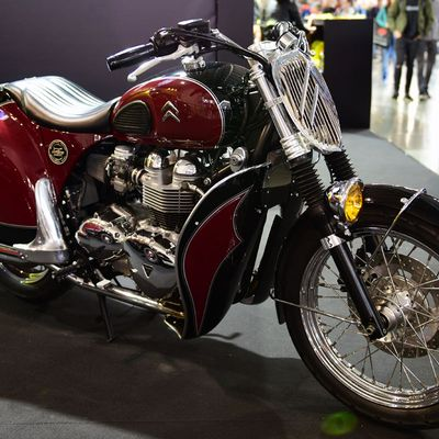 By Hervé (The French -English -Italien -  Triumph Citroën -Tribute- Motorcycle
