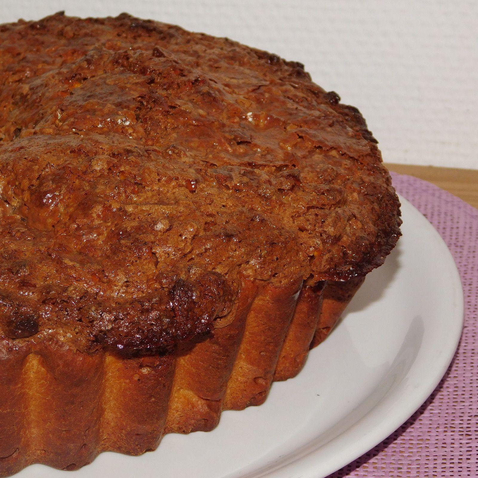 Ropfküche - Brioche aux amandes et à la crème.