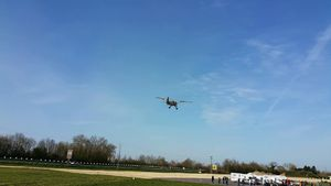 Un avion Stinson Reliant près de #Carentan !