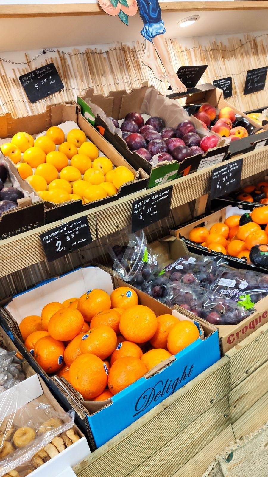 Jardin des Halles producteur de fruits et légumes Lunel c'est local c'est bien.