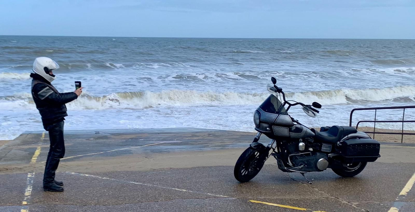 Ride to Cabourg by Hervè