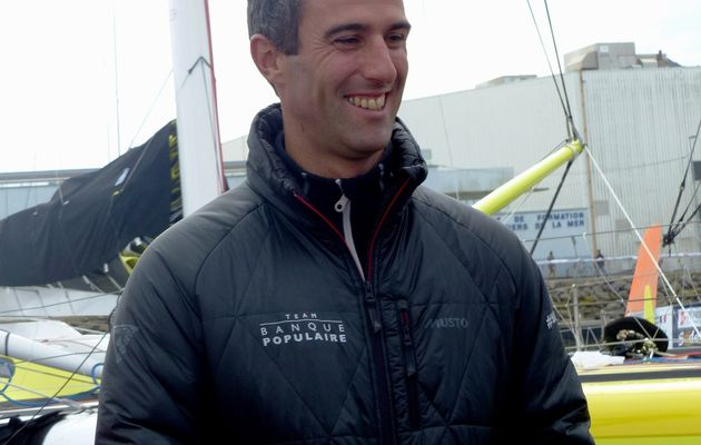 Vendée Globe : Armel LE CLEACH franchit en tête le cap horn (record battu)