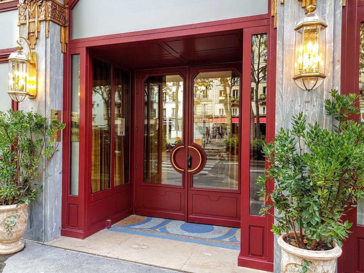 Restaurant Rochechouart Paris 9 Boulevard de Rochechouart