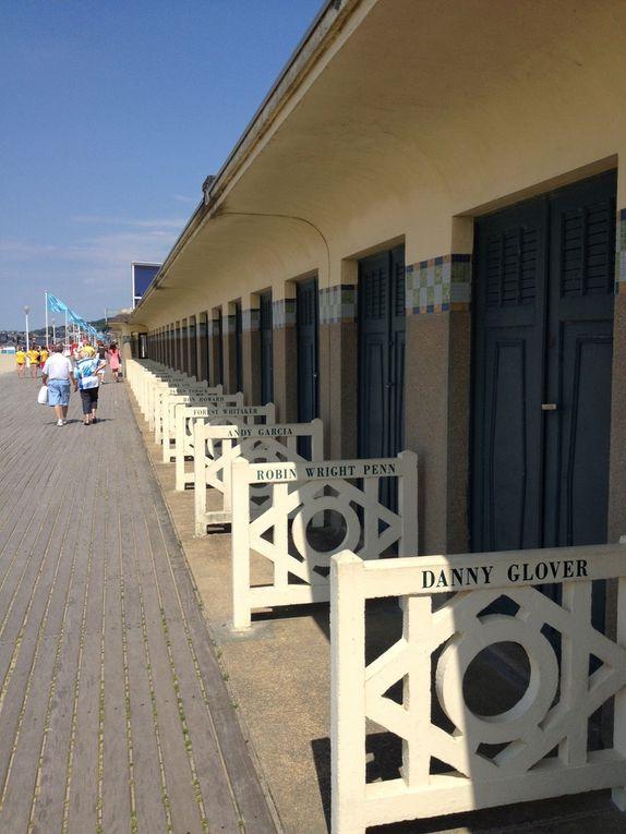 Les planches et cabines de plage datant de 1923