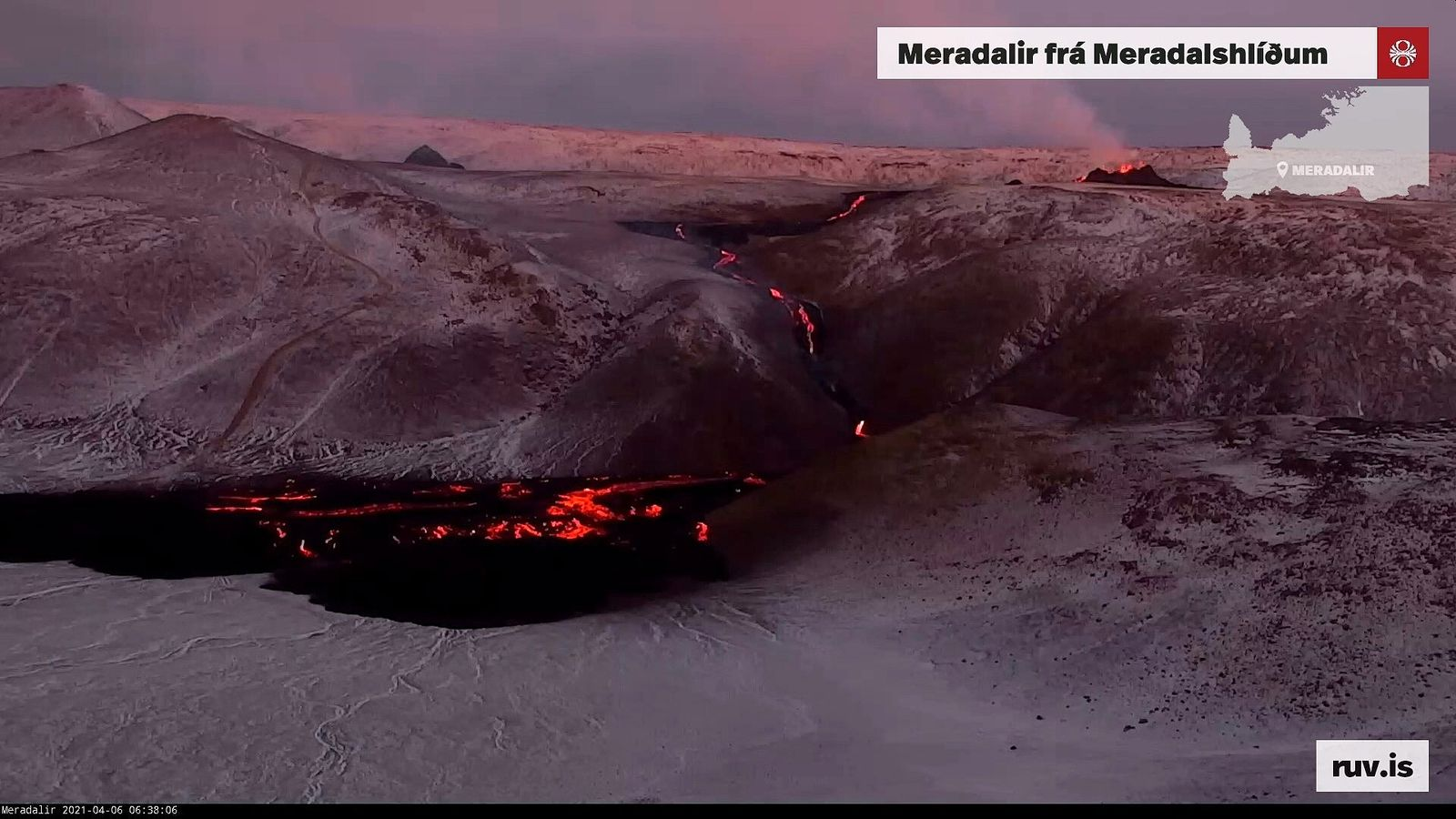 Meradalur - lava flow and delta during the night and on 04.06.2021 / 06:38 - (new) webcam RUV - one click to enlarge
