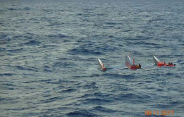 Transat Jacques Vabre - Sailors safe and sound after rescue from capsize in the Atlantic